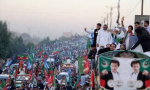 کراچی میں تحریک انصاف اور جماعت اسلامی کے خلاف کاروائی کا اندیشہ