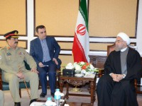 جنرل راحیل شریف کی ایرانی صدر حسن روحانی سے ملاقات خطے کو درپیش مسائل پر تبادلہ خیال